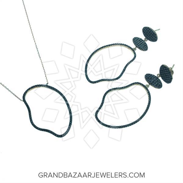 Chic Black Gemstone Sets