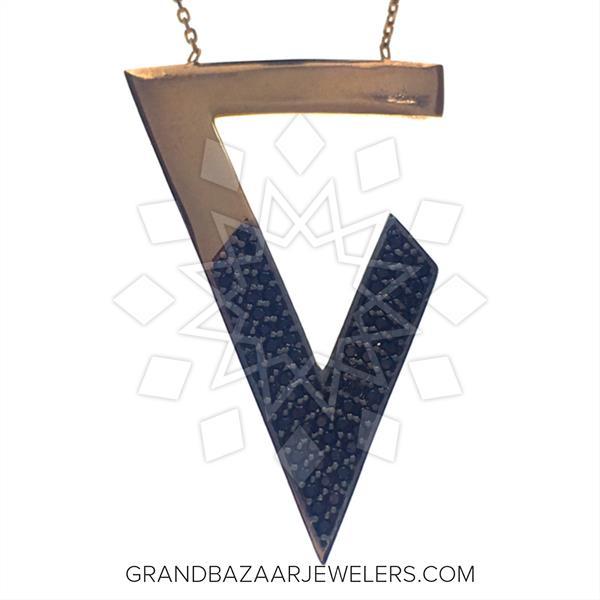 Chic Black Gemstone Necklace